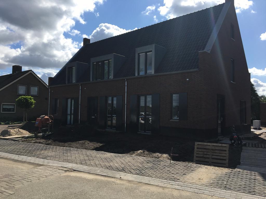 Nieuwbouw 5 woningen Dorpstraat Bruchem